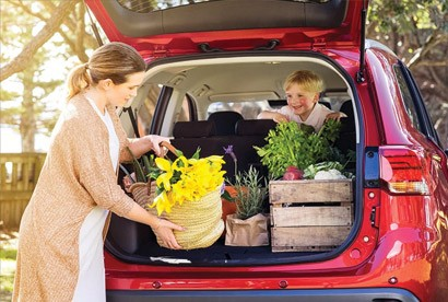 Everyone's catered for Every Outlander has 7 comfortable seats, which fold down flat. The total cargo space is a huge 1,685 litres. It's wonderfully quiet and smoothly sculpted for a more refined drive. Adventurous families can go anywhere in the 4WD models.