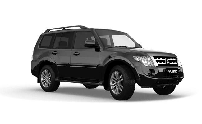 Pajero Exceed finished in Pitch Black