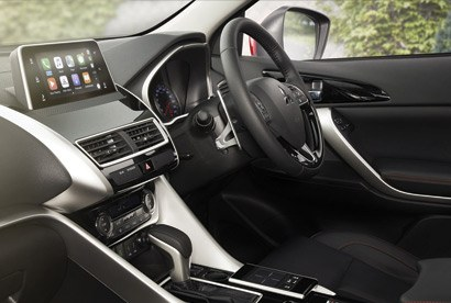 Smart design inside The emphasis on style continues into the cabin, where all passengers are perfectly comfortable and the array of smart features is laid out intuitively. Stunning views complete the experience, thanks to the Dual Sunroof on VRX.