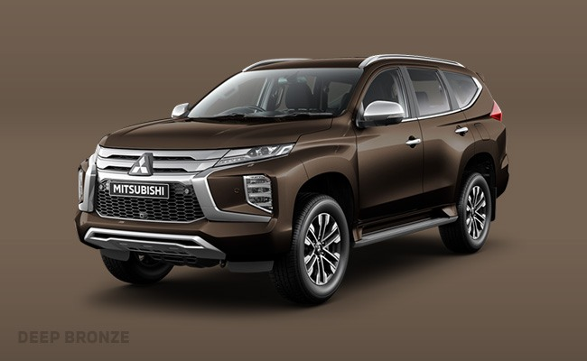Pajero Sport finished in Deep Bronze